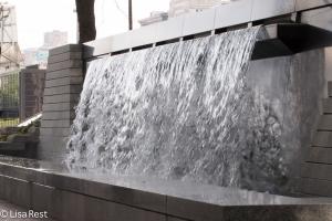 Fountain at AON 8-20-15-9617