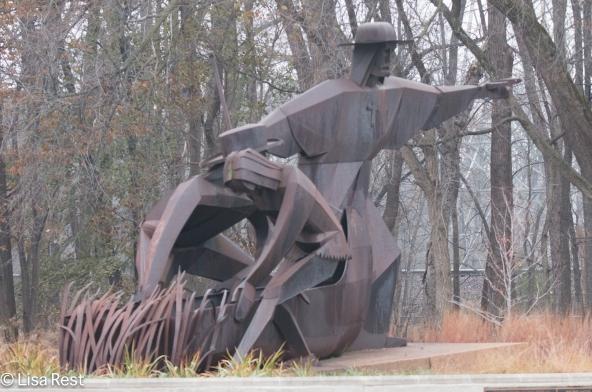 statue-joliet-marquette-11-27-16-5014